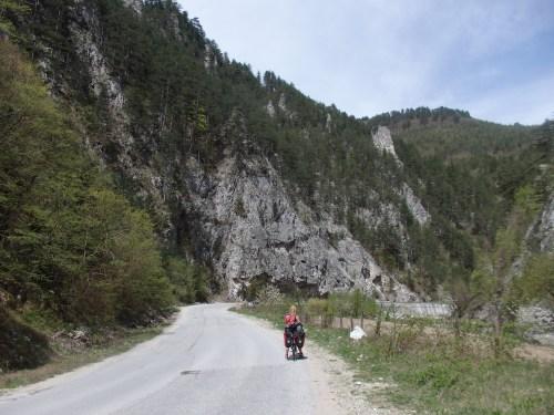 Between Dospat and Smolyan