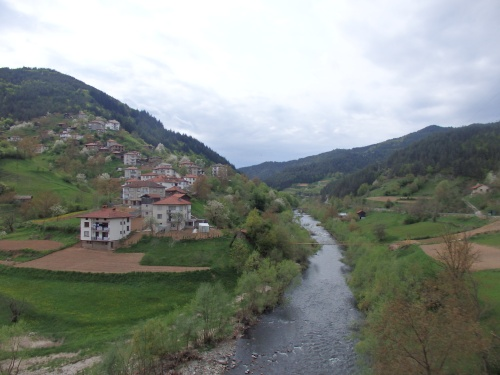 Between Smolyan and Zlatograd