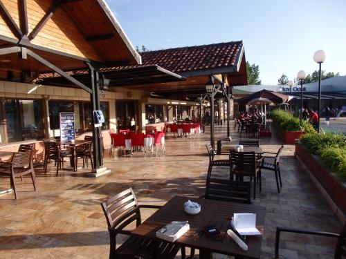Petrol station/restaurant